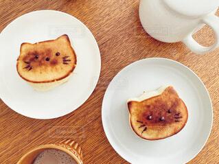 おうちでネコ型パンケーキの写真・画像素材[4301613]