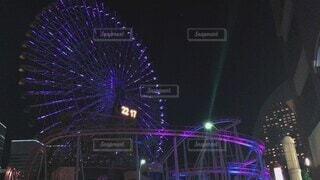 夜,観覧車,花火,ライト,イルミネーション,電気,遊園地,ライトアップ,横浜,明るい,デート,LED,演出