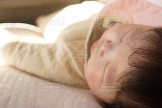 室内,女の子,赤ちゃん,ポートレート,お昼寝,スヤスヤ,おひるね,お部屋でのんびり,お部屋でまったり
