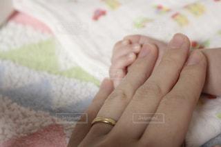 かわいい,手,指輪,指,赤ちゃん,幸せ,爪,出産,ママ,ママと子供