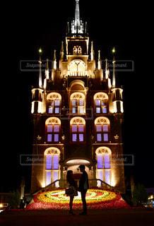 建物は夜ライトアップの写真・画像素材[852614]