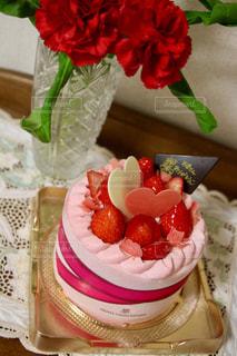 テーブルの上の果物とケーキ - No.1113037