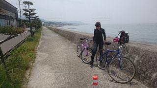 女性,アウトドア,運動,サイクリング,海沿い,トレーニング