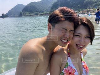 海,空,夏,カップル,屋外,水着,暑い,人,笑顔,日本,デート,あつい,夏バテ