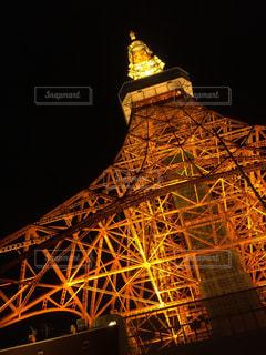 夜の東京タワーの写真・画像素材[1680871]