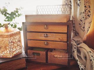 DIY,工作,手づくり,100均,アンティーク風,小引き出し,古家具
