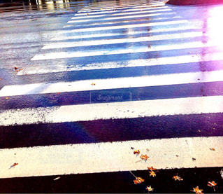 近くに横断歩道の - No.821182