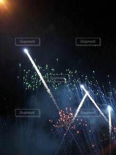 夜空の花火の写真・画像素材[1336898]