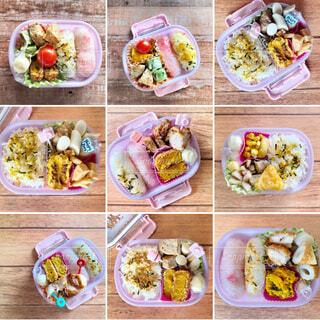 様々な種類の食べ物の束の写真・画像素材[3645352]
