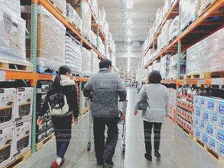 倉庫,パパ,ダイナミック,お父さん,父の日,コストコ,箱買い,肥満,豊富,好物,まとめ買い,買い過ぎ,買いだめ,好きな物,品数,大量買い,体格,大食
