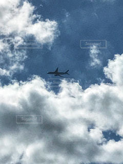 曇りの日に大きな機体上位空気での写真・画像素材[903773]