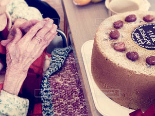110歳の誕生日を迎えた祖母の写真・画像素材[721739]