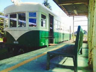 廃線に停められた電車 - No.774550