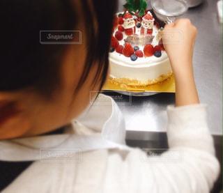 クリスマスケーキ作りの写真・画像素材[839402]