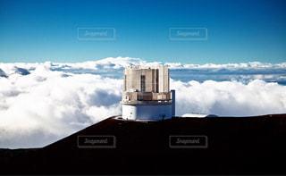 マウナケア山頂のすばる望遠鏡の写真・画像素材[966775]