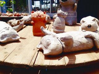 猫,かわいい,テーブル,ねこ,作品,置き物,愛知県,常滑,やきもの,ユニーク,ネコ,常滑焼