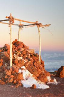 アメリカ,旅行,雲海,アメリカ合衆国,ハワイ,ハワイ島,マウナケア,海外旅行,残雪,神聖な場所,ビッグアイランド,ハワイ州,ネイチャースクール,マウナケア山頂の山頂,標高4205m,Pu'u ・Wekiu ・Summit