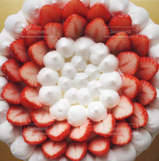 いちごのデコレーションケーキの写真・画像素材[1037983]