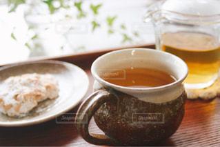 ほうじ茶とお菓子 - No.1057848