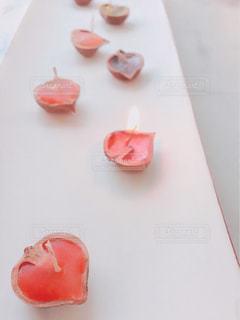 ハート型の手作りキャンドルの写真・画像素材[1144082]