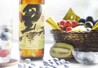 黒伊佐錦とフルーツの写真・画像素材[1439269]