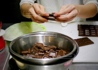 バレンタインチョコレート作りの写真・画像素材[1811213]