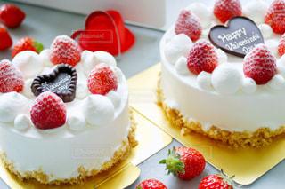 バレンタインデーにいちごのデコレーションケーキの写真・画像素材[1848612]