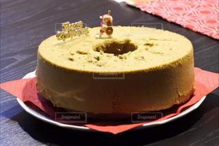 皿の上のケーキの一部の写真・画像素材[934926]