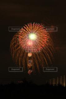 空に花火の写真・画像素材[1310343]