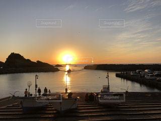 風景,空,屋外,太陽,ボート,夕暮れ,船,光