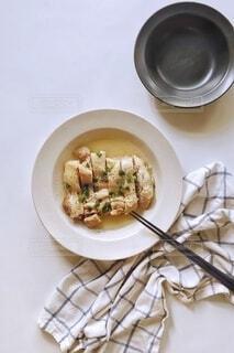 食べ物,テーブル,皿,食器,レシピ,酒蒸し,清酒,タカラ,鶏のレンジ酒蒸し