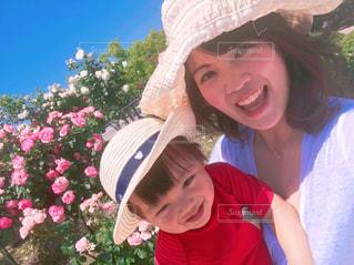 帽子をかぶっている女性の写真・画像素材[744442]