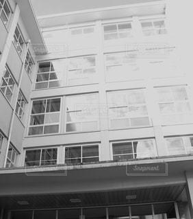 大きな白い建物 - No.847261