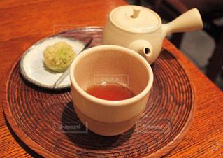 ほうじ茶と味わいを引き立たせるプレートセット - No.1052938