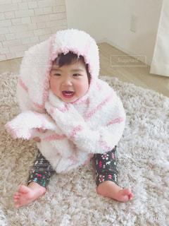 座っている赤ちゃん - No.871382