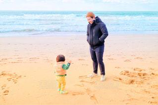 海,冬,親子,散歩,子供,父