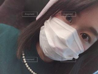 マスクをしている女性の写真・画像素材[1702833]