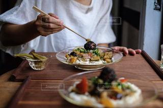 梅煮野菜の温麺プレートの写真・画像素材[1282727]
