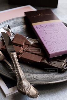 ラ・メゾン・デュ・ショコラのチョコレート(タブレット)です。の写真・画像素材[1741818]
