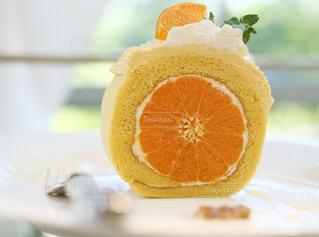 オレンジのケーキの写真・画像素材[1763752]