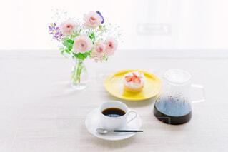 コーヒーとケーキの写真・画像素材[4362941]