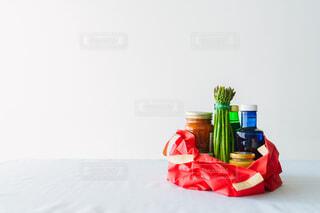 テーブル上のエコバッグ 買い物の写真・画像素材[4424394]