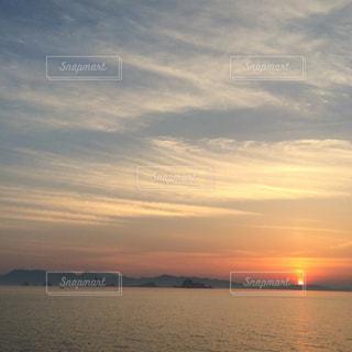 夕日,絶景,夕焼け,熊本県,美しい景色,すじ雲,八代市,三ツ島