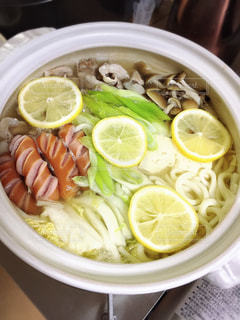 鍋,さっぱり,家族団らん,塩レモン鍋,〆はチーズリゾット