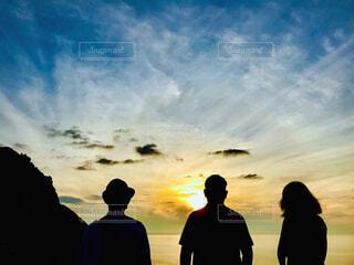 夕陽に感動の写真・画像素材[4621166]