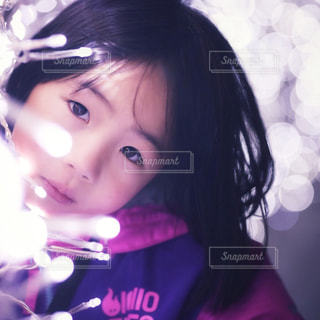クローズ アップ撮影、selfie ピンクの髪を持つ少女の - No.916747