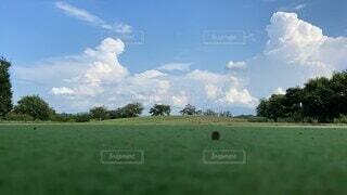 風景,空,スポーツ,屋外,緑,雲,景色,草,樹木,ゴルフ,夏空,くもり,奈良県,日中,動画,馬見丘陵公園,タイムラプス,青い空白い雲,動画コンテスト