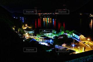 夜の街の景色の写真・画像素材[854235]