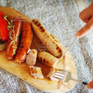 食べ物,食事,ランチ,グリル,食器,カトラリー,昼食,美味しい,ソーセージ,パーティー,ジューシー,昼ごはん,ジョンソンヴィル