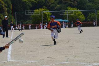 スポーツ,野球,ソフトボール,バント,三塁手